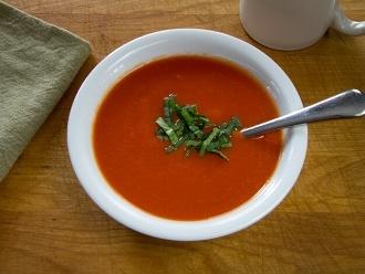 Sopa de tomate paleo de 10 minutos