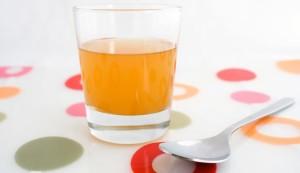 vaso de vinagre de manzana