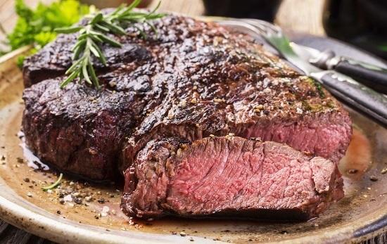 Gran trozo de bistec