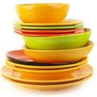 Platos y platos coloridos