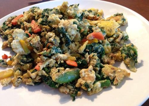 Huevos y Verduras, Fritos en Aceite de Coco