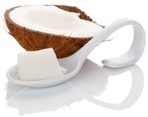 Medio Coco y Cuchara con Aceite de Coco