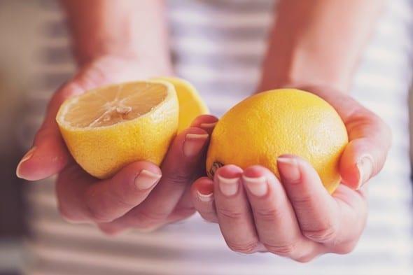 Manos, tenencia, limón
