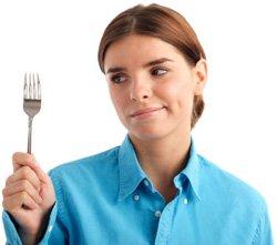Mujer hambrienta