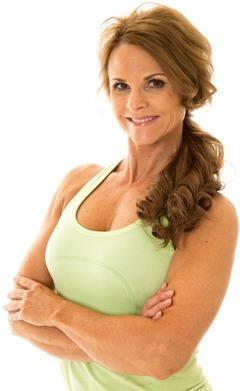 Mujer de mediana edad muy en forma