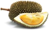 Durian entero y una rodaja de durian